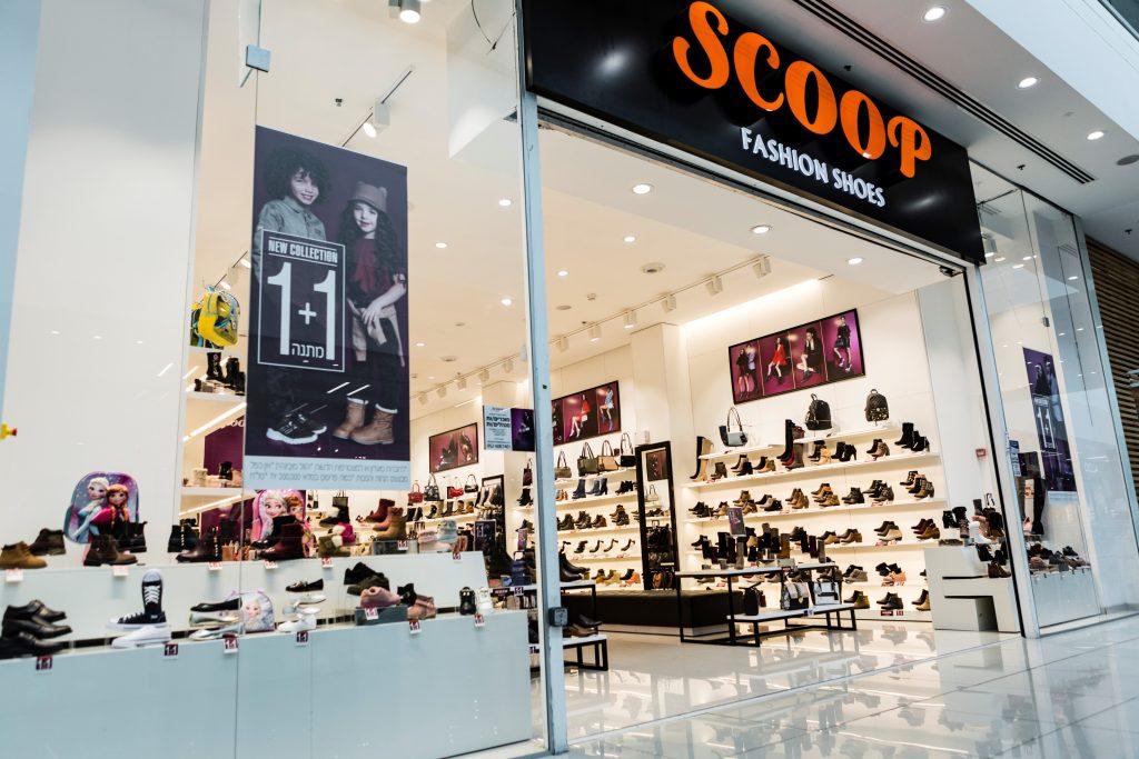 חנות של רשת נעלי סקופ. צילום: בן פרידמן (8)