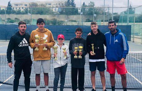 הישגים לטניסאים הצעירים