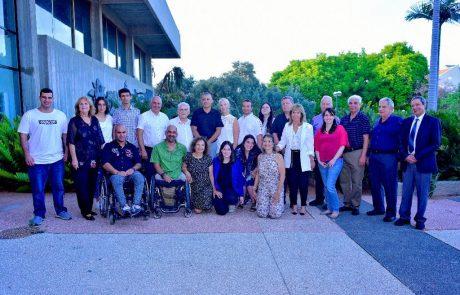 16 מתנדבים כפר סבא קיבלו את  את פרס גלר
