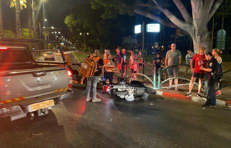 רוכב אופנוע נפצע בינוני בתאונה בכפר סבא